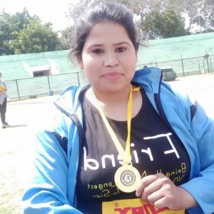 para athlete fatima khatun with bronze
